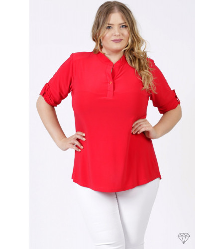 Rdeča bluza s kratkimi rokavi za močnejše postave