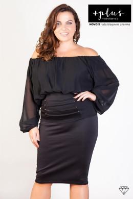 Čudovita črna bluza z odkritimi rameni za močnejše ženske.