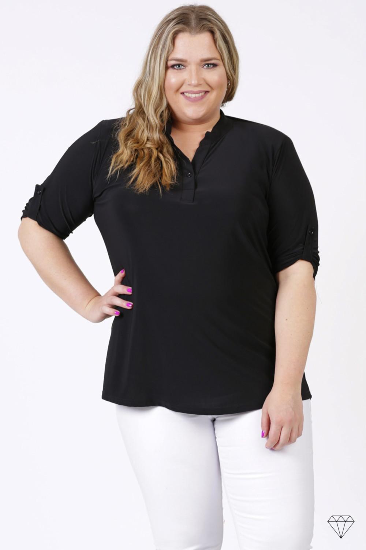 Črna bluza s kratkimi rokavi za močnejše postave